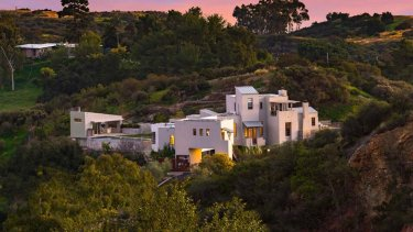 tuna_canyon_lm_pagano_home